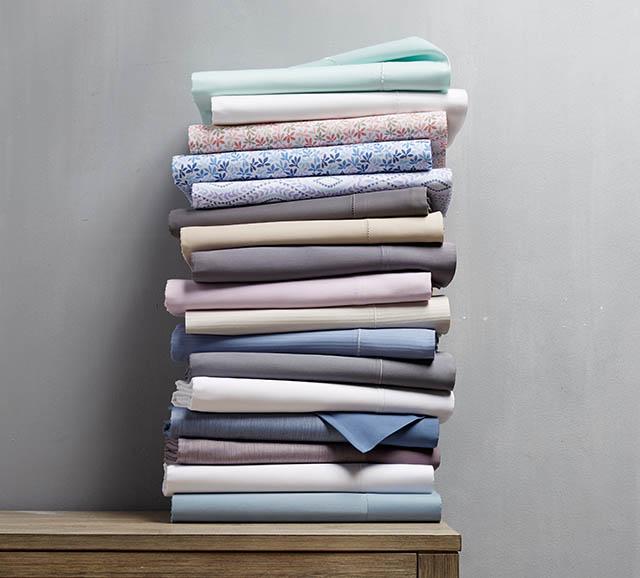 Sheets On Shelf Sheets On Shelf