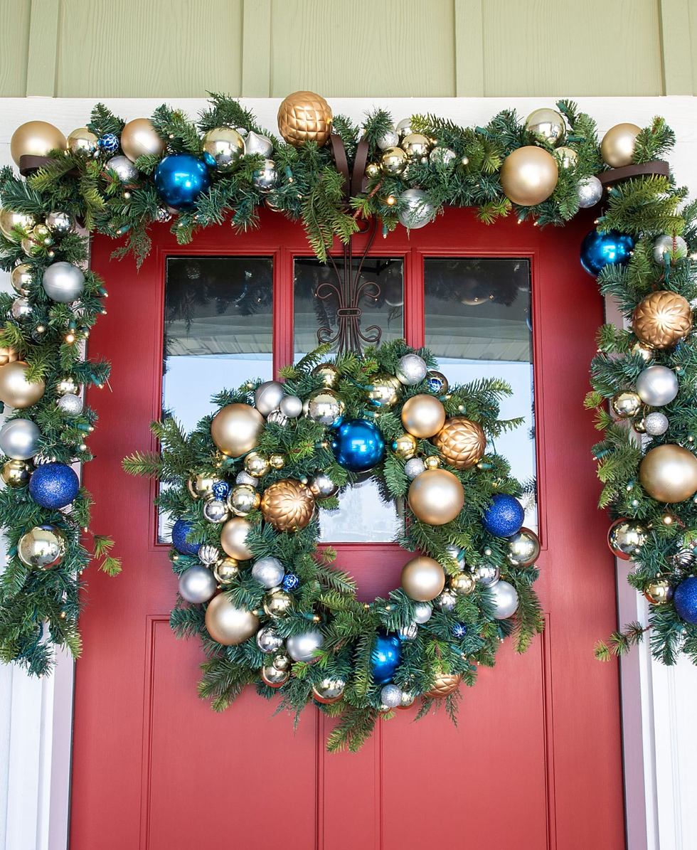 12 Festive Christmas Decor Ideas For Your Door Macy S Guide